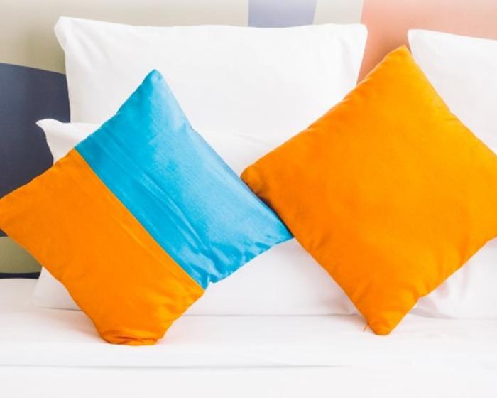 Чистка подушок та ковдр